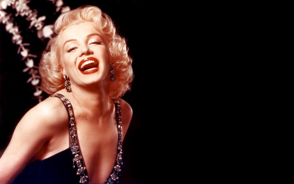 Free-Marilyn-Monroe-Wallpapers-e1394642096753