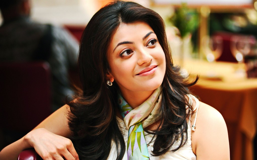 Kajal-Agarwal-Cute-Wallpaper