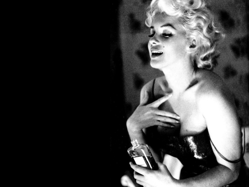 Marilyn-Monroe-Poster-Full-HD-Wallpaper-Desktop