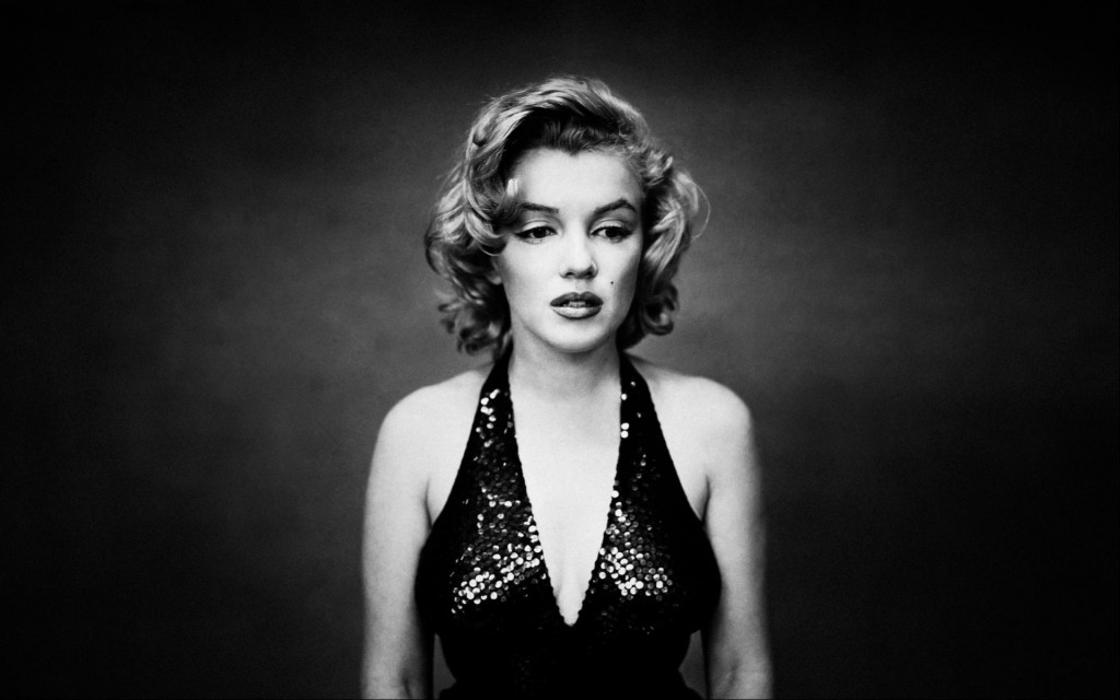 marilyn_monroe_monochrome_wallpapers_35761_1920x1200-1920x1200