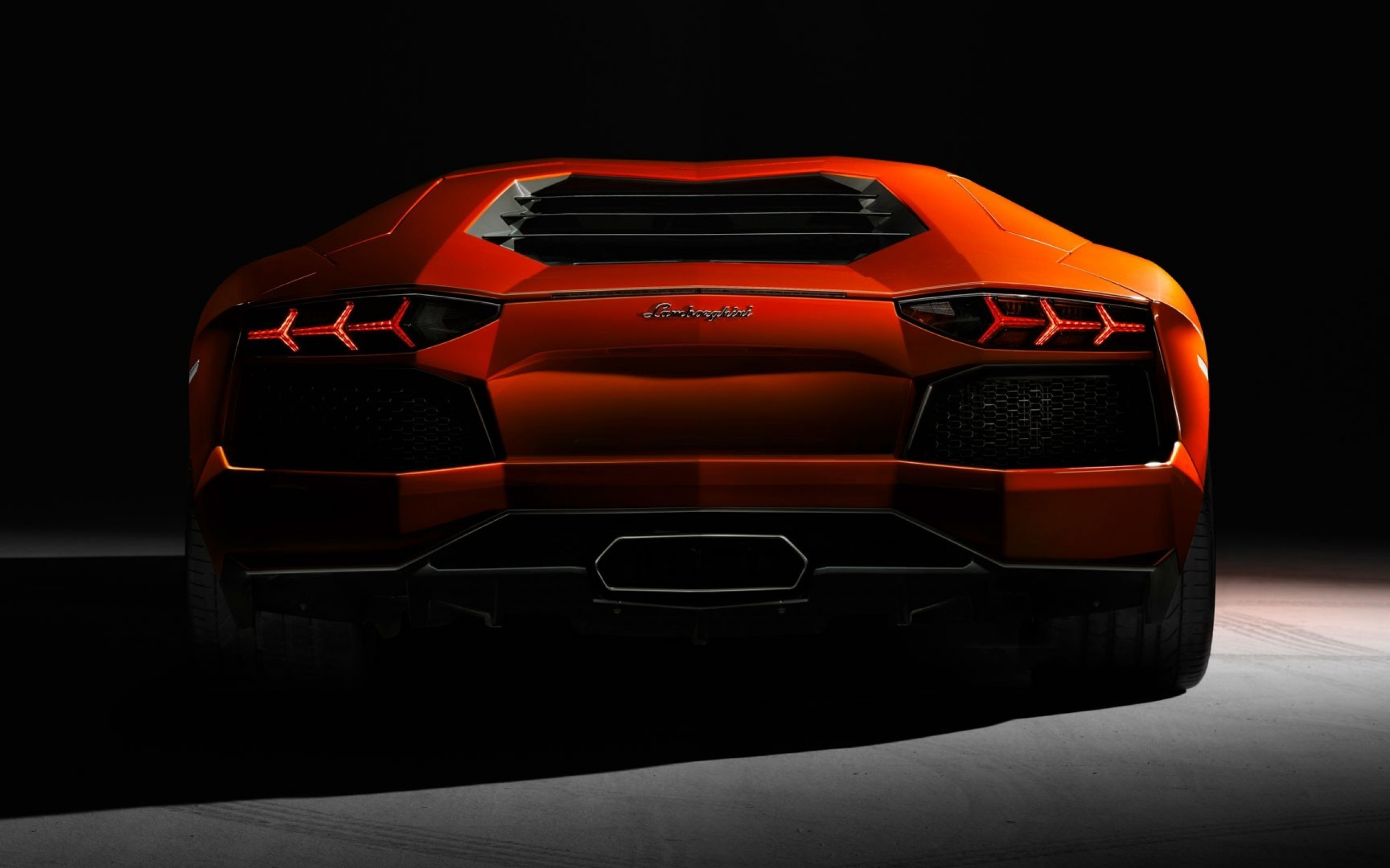 Lamborghini Aventador Wallpapers, Pictures, Images