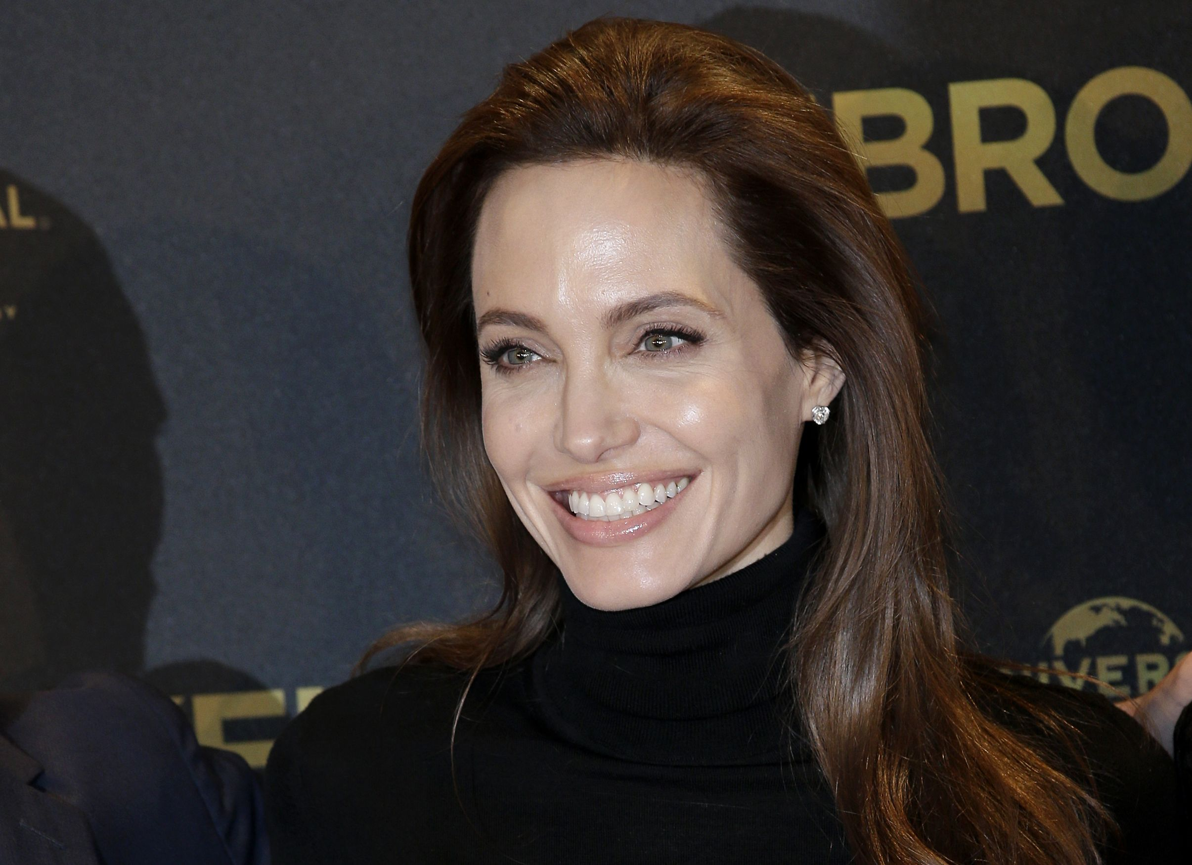 Angelina Jolie: Angelina Jolie Wallpapers, Pictures, Images