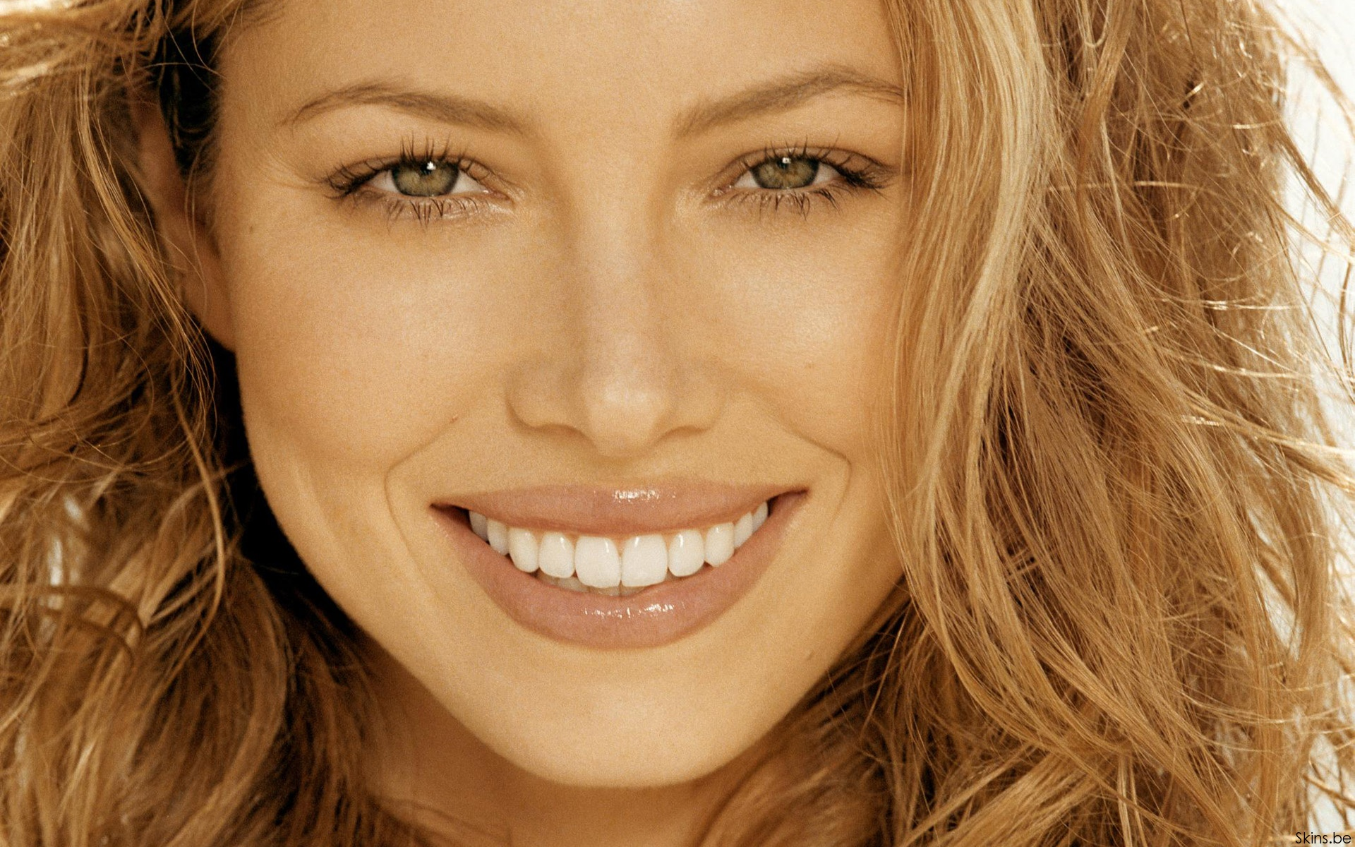 Beautiful Smile Wallpaper: Jessica Biel Wallpapers 2015, Pictures, Images