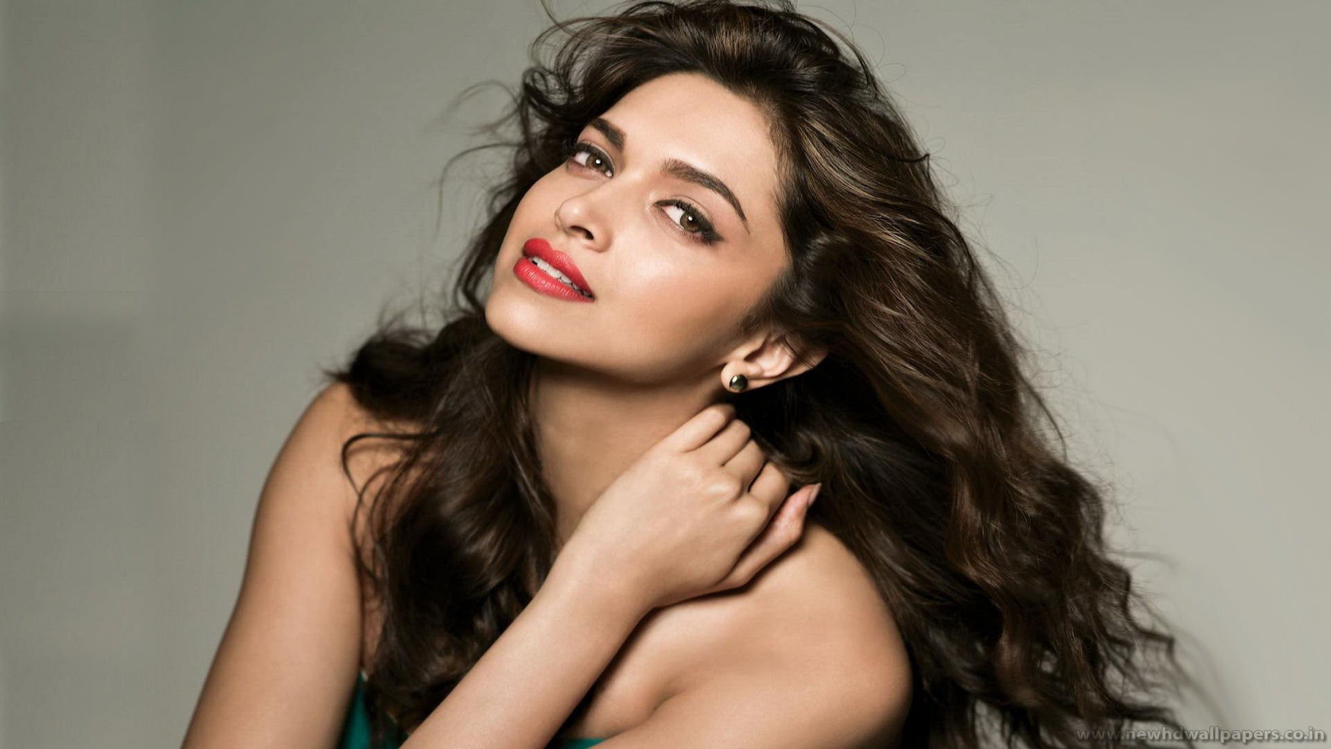 Deepika Padukone Wallpapers, Pictures, Images
