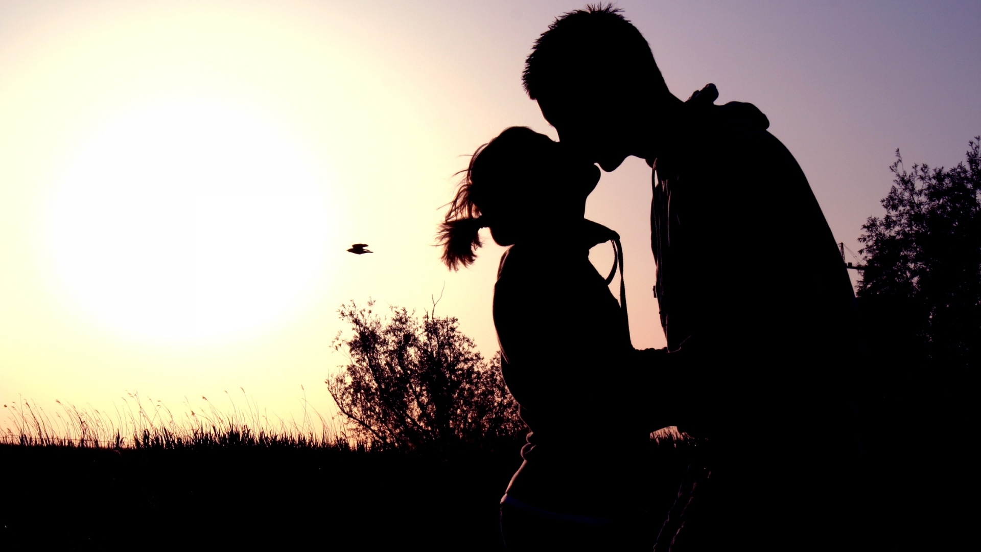 Love Romantic Kiss Hd Wallpaper : Kissing couple Wallpapers, Pictures, Images