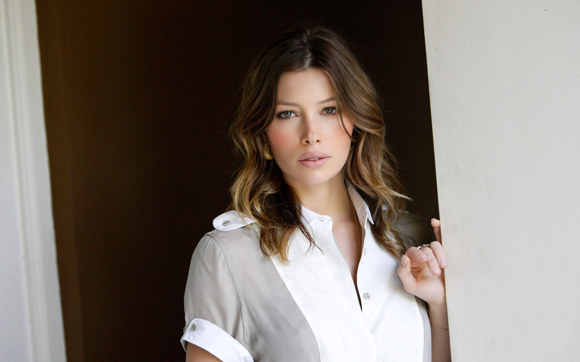 Jessica biel wallpapers 2015 pictures images - Celeb wallpapers ...