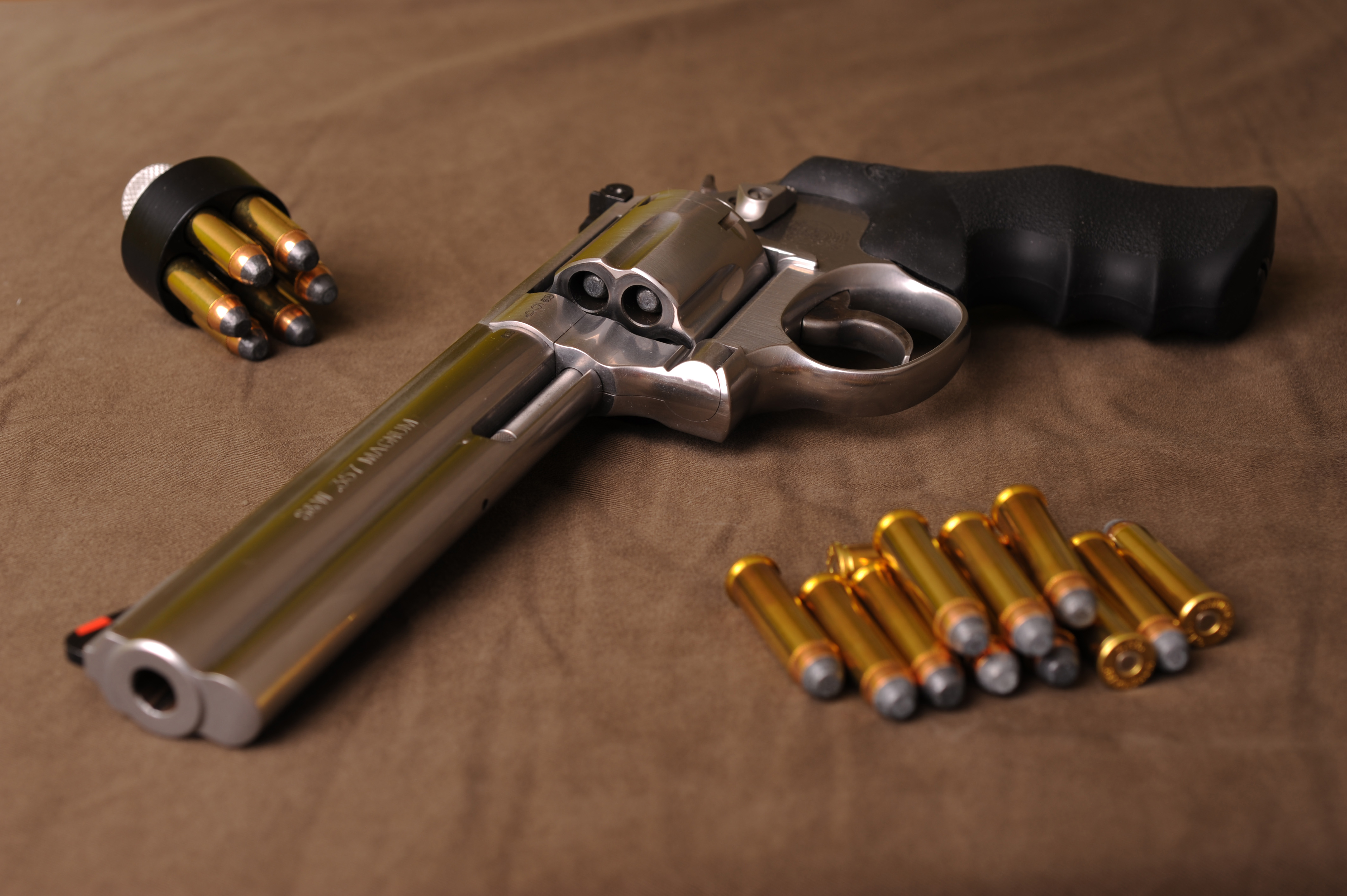 Revolver Wallpapers, Pictures, Images