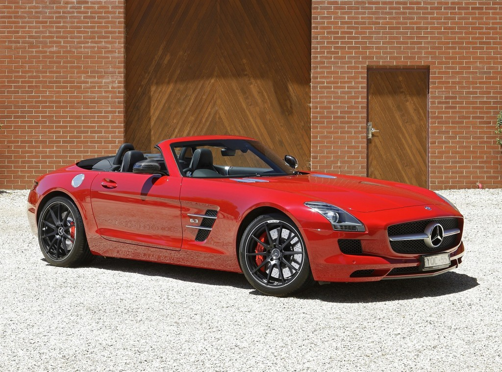 Mercedes-Benz SLS AMG Wallpaper