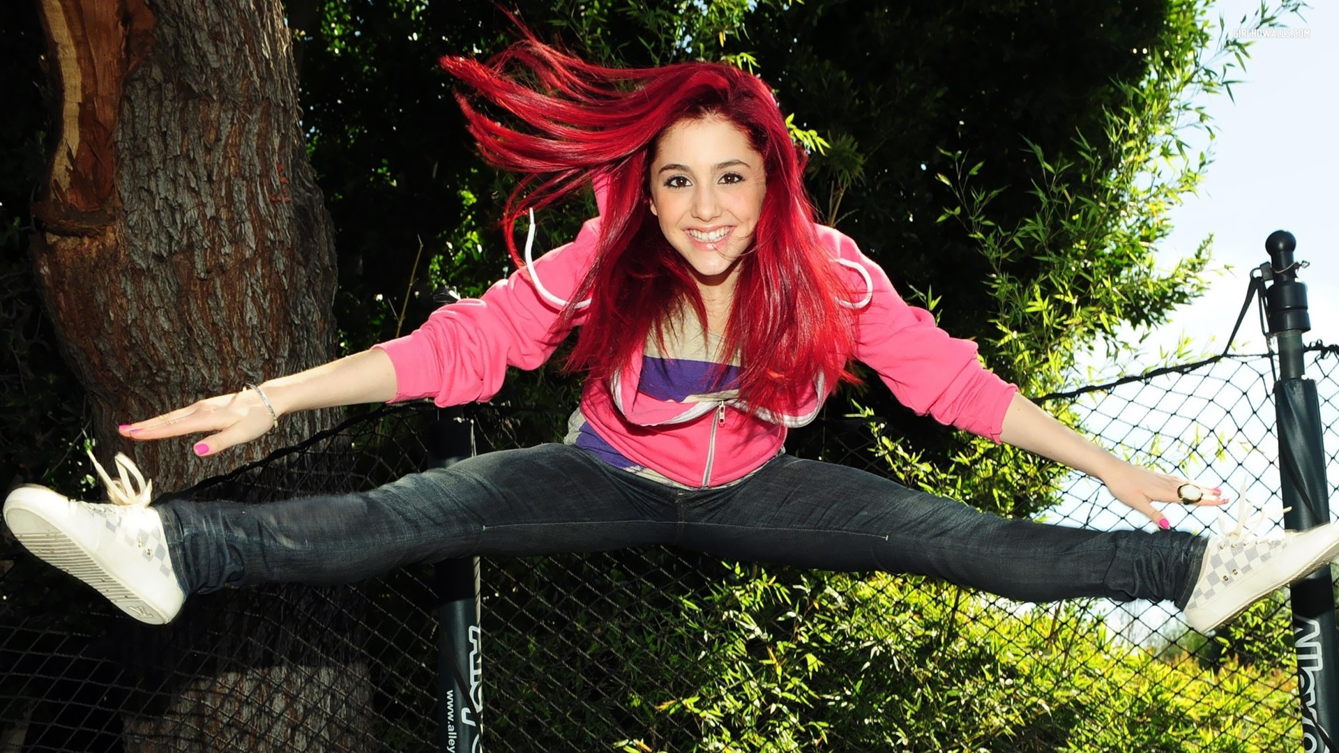 Ariana Grande Wallpapers, Pictures, Images