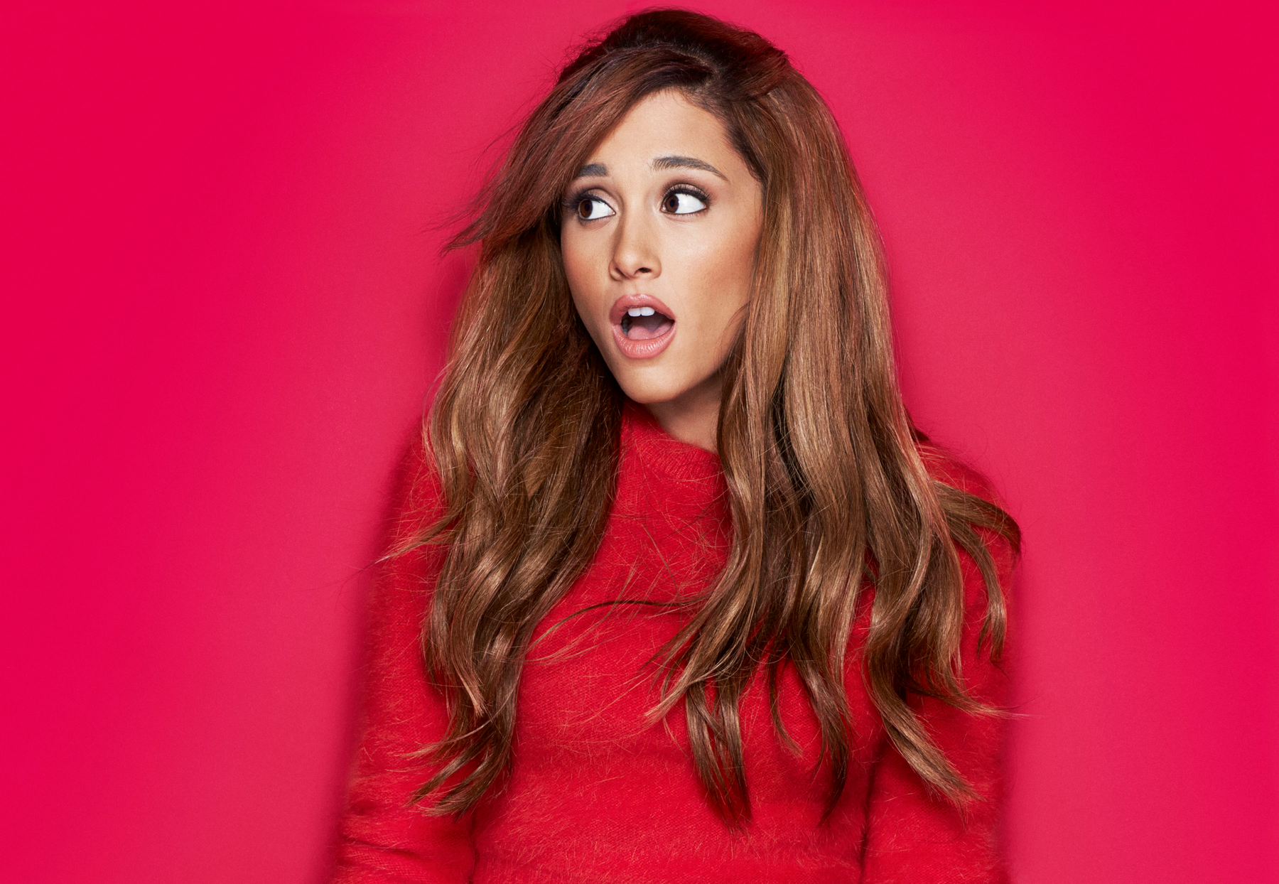 ... Wallpaper Ariana Grande Wallpaper