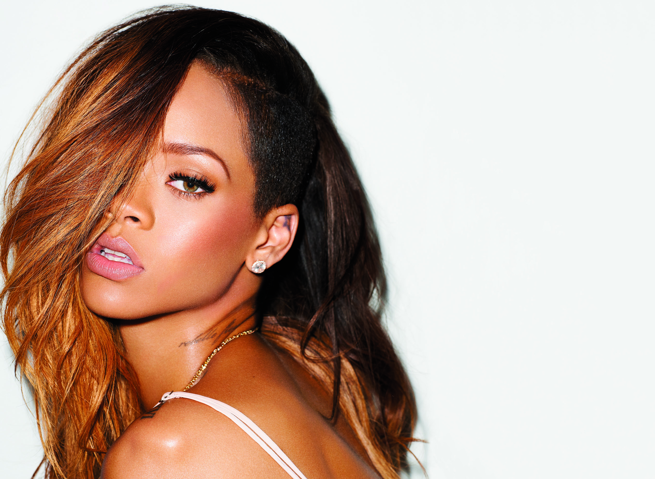 Rihanna Wallpapers, Pictures, Images Rihanna