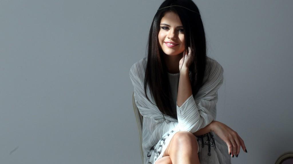 Selena Gomez 2015 Wallpaper