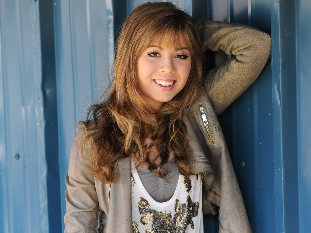 With jennette mccurdy nu