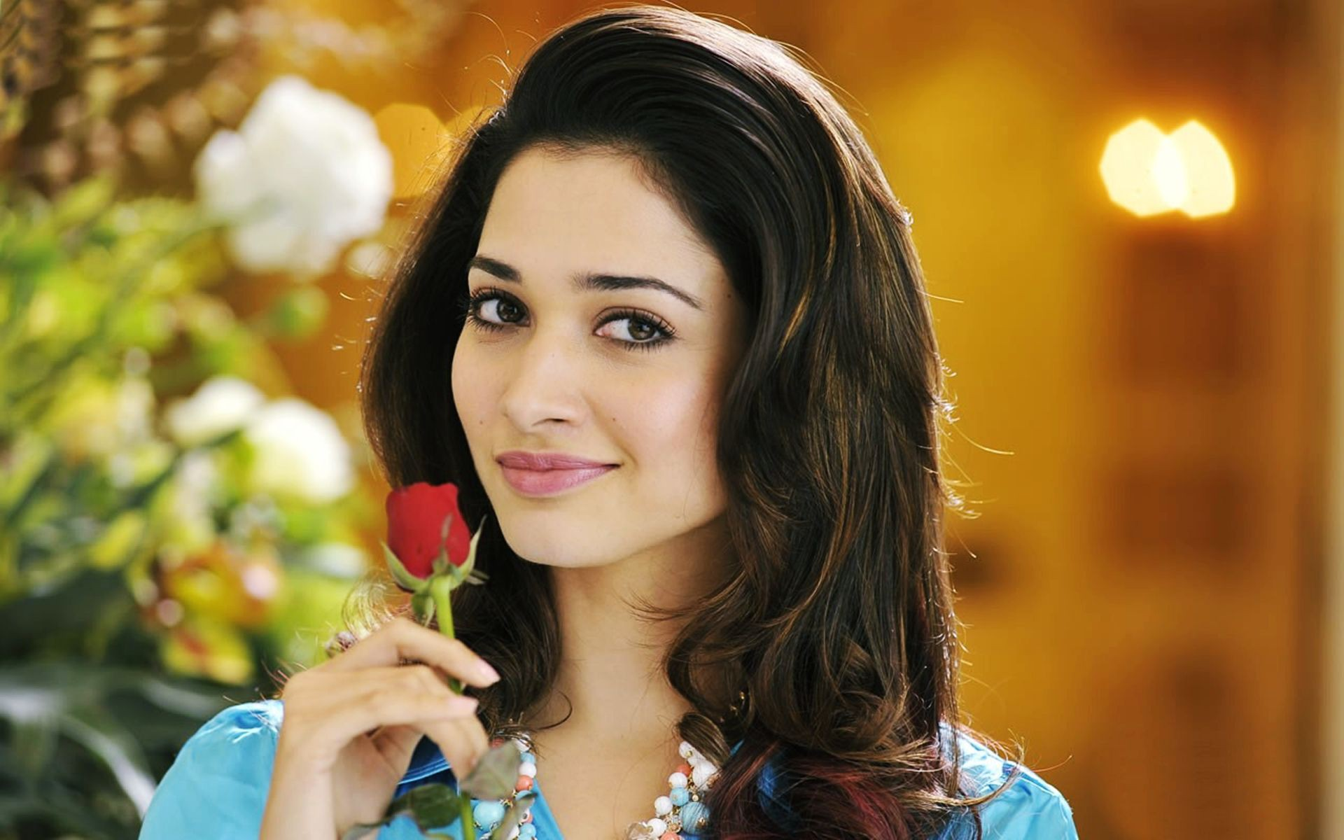 Tamanna Hd Saree Wallpaper: Tamanna Bhatia Wallpapers, Pictures, Images