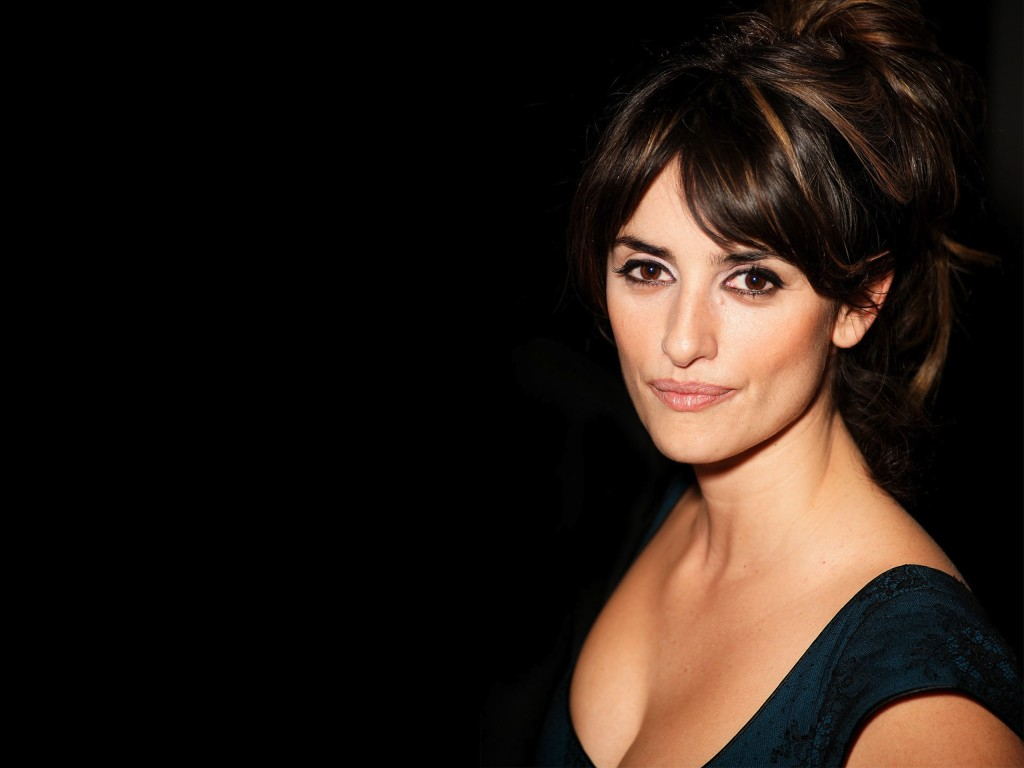 Penelope Cruz Wallpaper 2560x1920