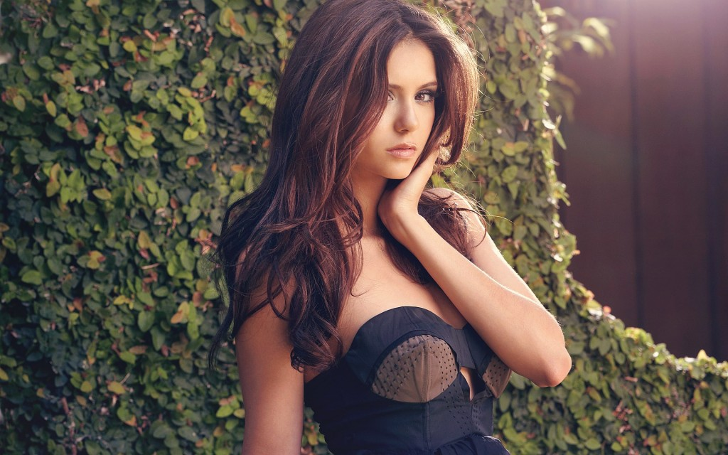 Nina Dobrev Widescreen Wallpaper 1920x1200