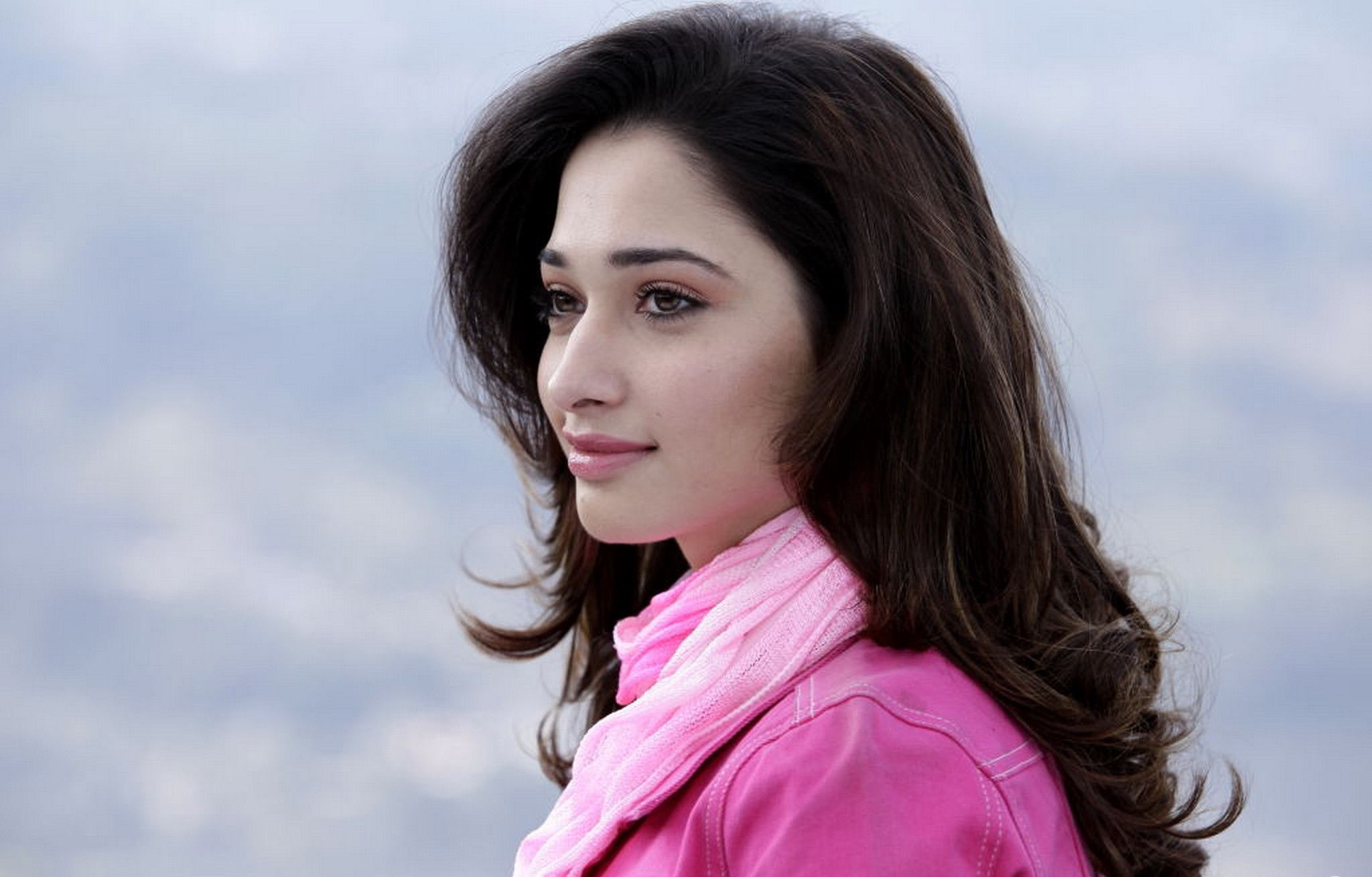 Tamanna Bhatia Wallpapers, Pictures, Images