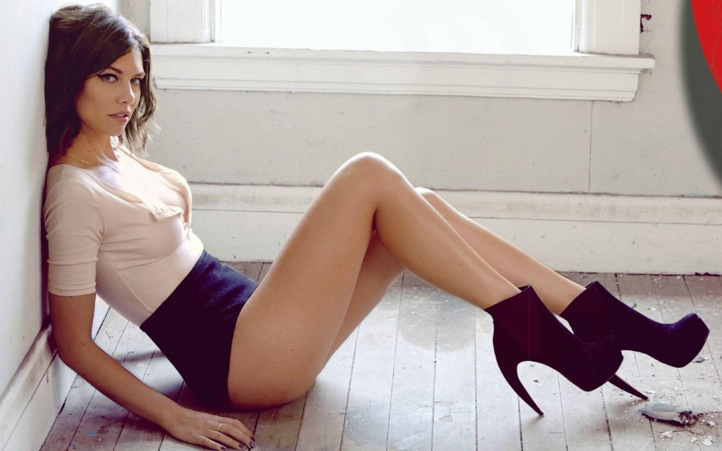 Lauren Cohan Widescreen Wallpaper 1920x1200