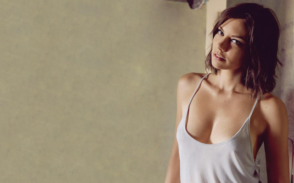 Lauren Cohan Widescreen Wallpaper 2560x1600