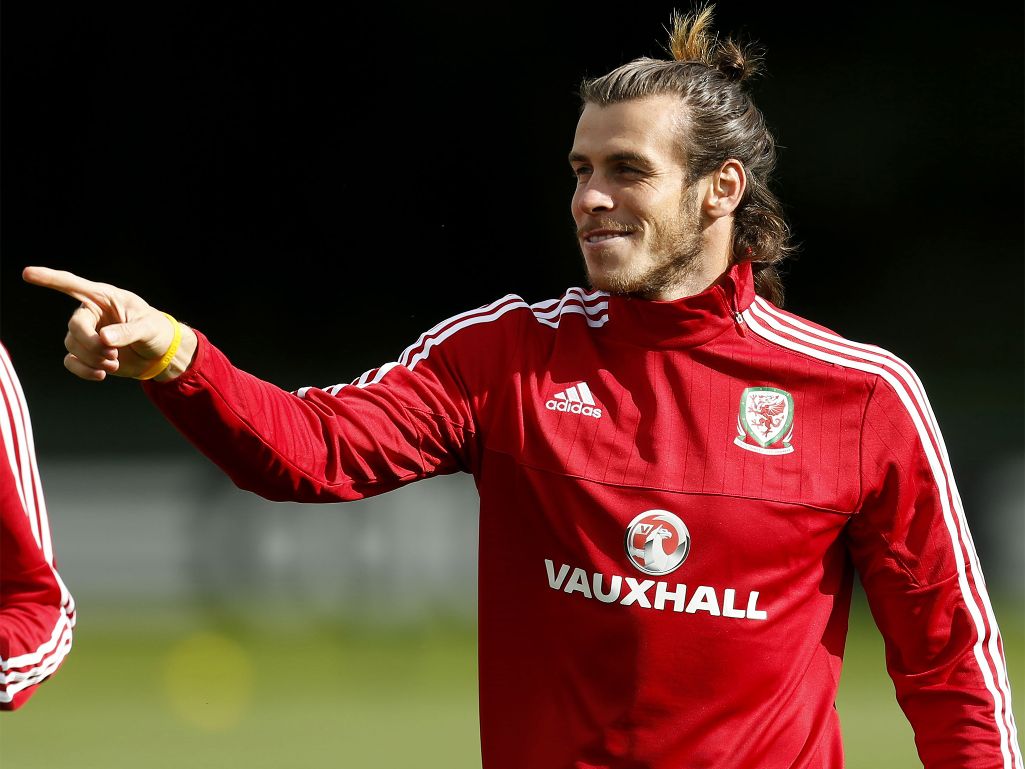 Gareth bale wallpapers pictures images gareth bale wallpaper 2048x1536 voltagebd Gallery