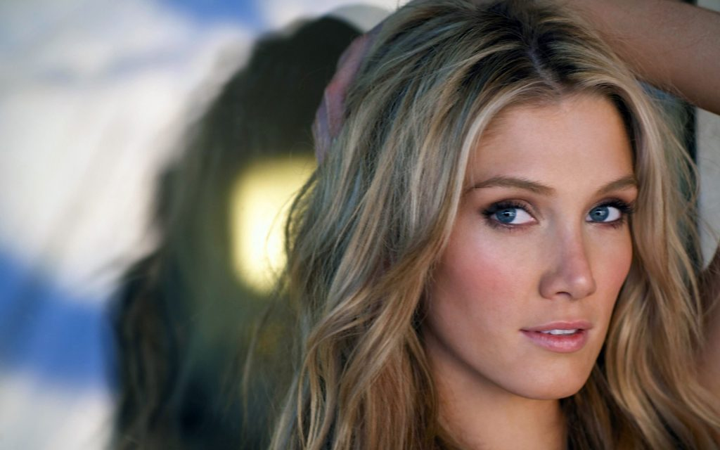 Delta Goodrem Widescreen Wallpaper 1920x1200