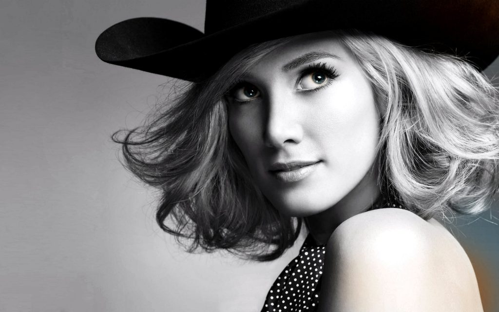 Delta Goodrem Wallpaper 2960x1850
