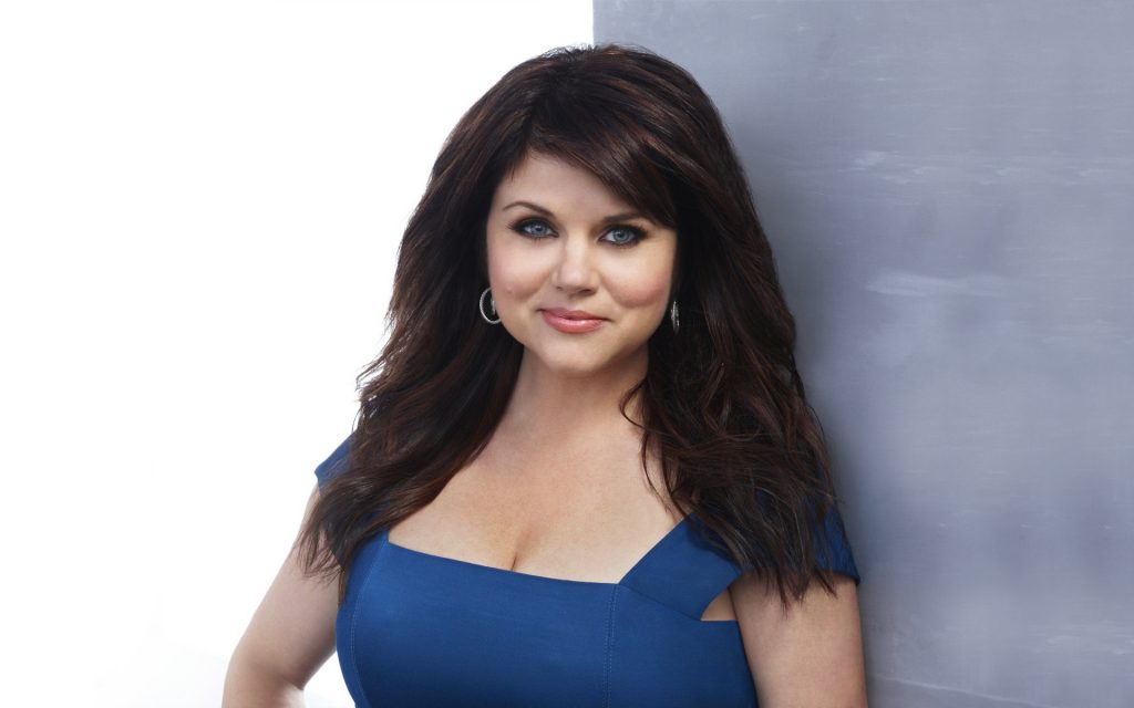 Tiffani Amber Thiessen Widescreen Wallpaper 1920x1200