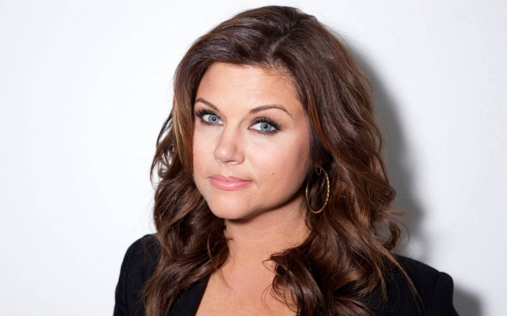 Tiffani Amber Thiessen Widescreen Wallpaper 1280x800