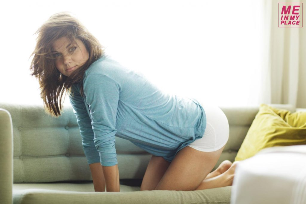 Tiffani Amber Thiessen Wallpaper 1348x899