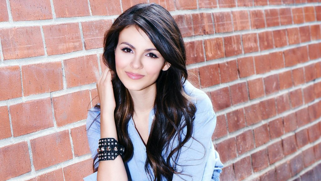 Victoria Justice Full HD Wallpaper 1920x1080