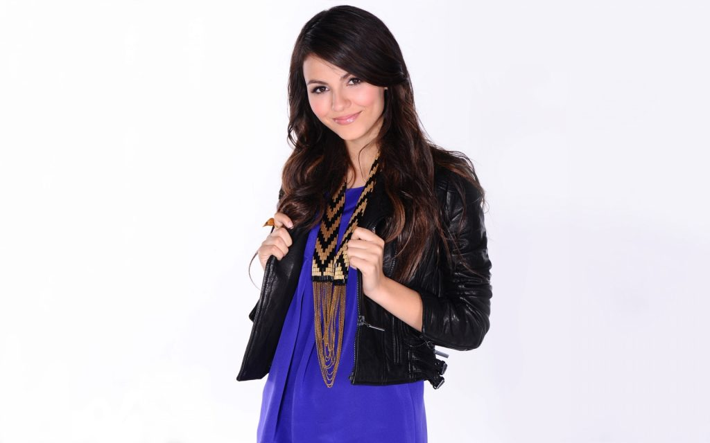 Victoria Justice Widescreen Wallpaper 1920x1200