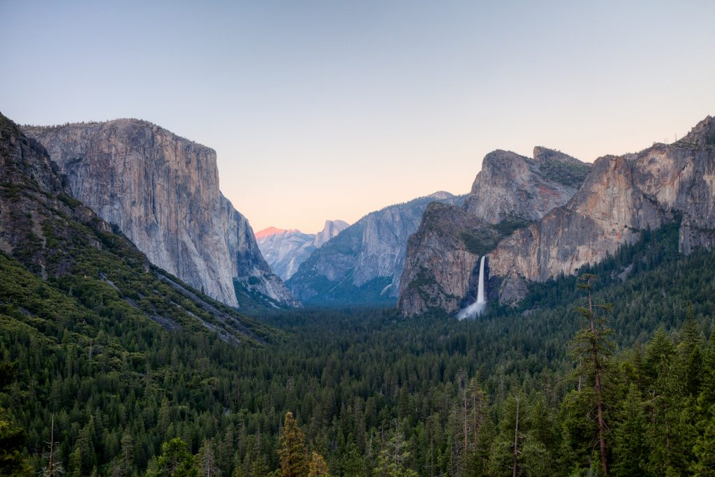 Yosemite National Park Wallpaper 5500x3667