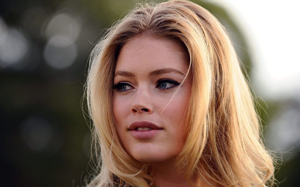 Doutzen Kroes Widescreen Wallpaper 1920x1200