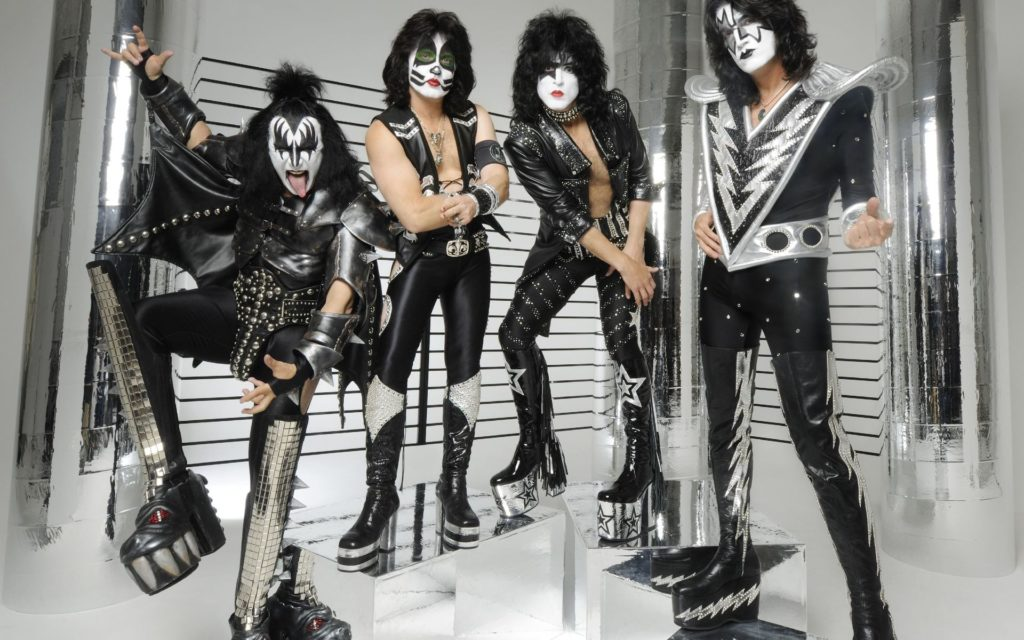 Kiss Widescreen Wallpaper 1920x1200