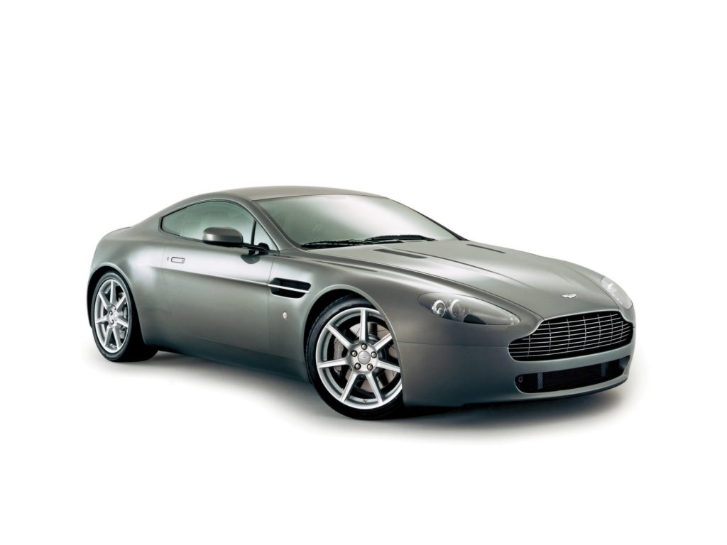 Aston Martin V8 Vantage Wallpaper