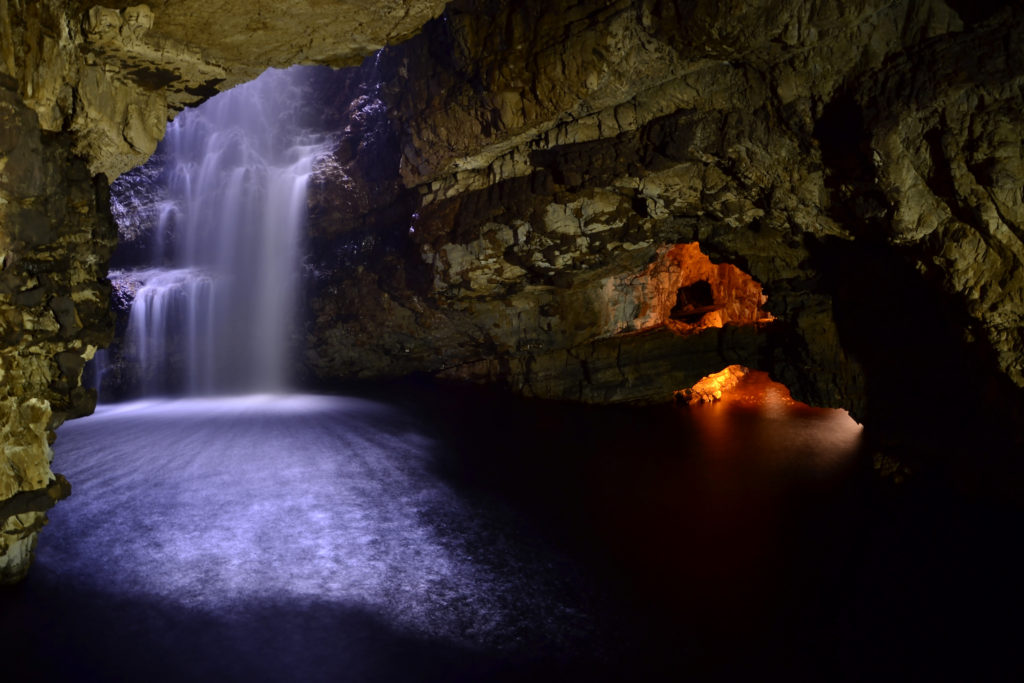 Illuminated Caves Wallpapers Images Photos Pictures