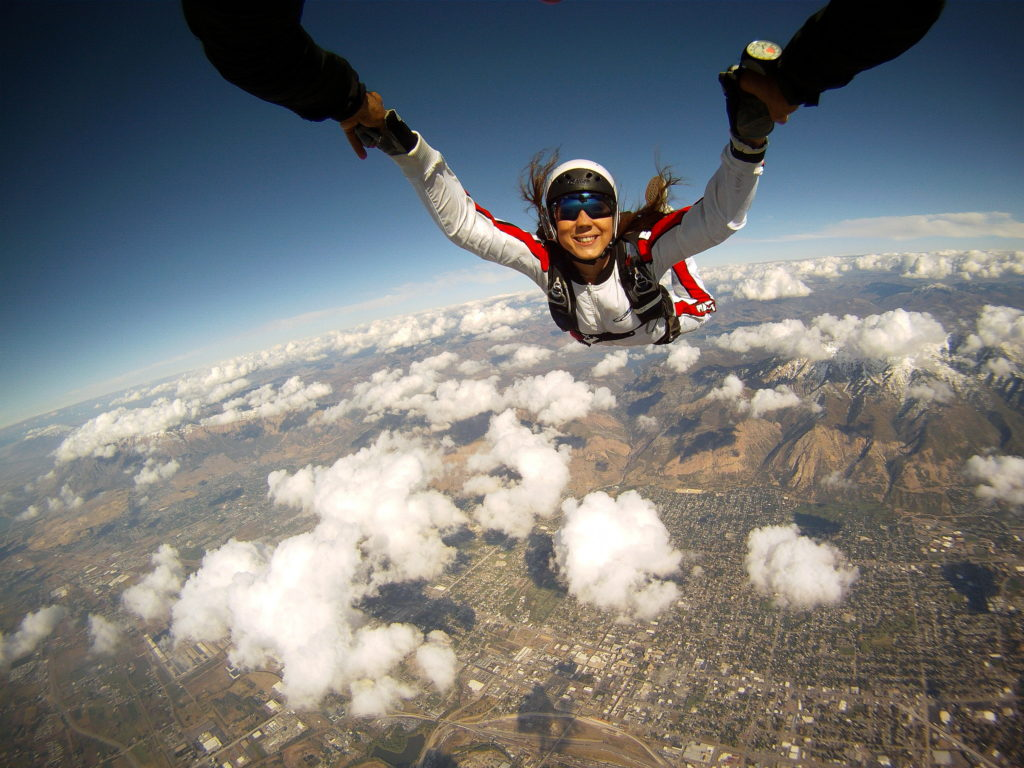 Skydiving Backgrounds 2592x1944