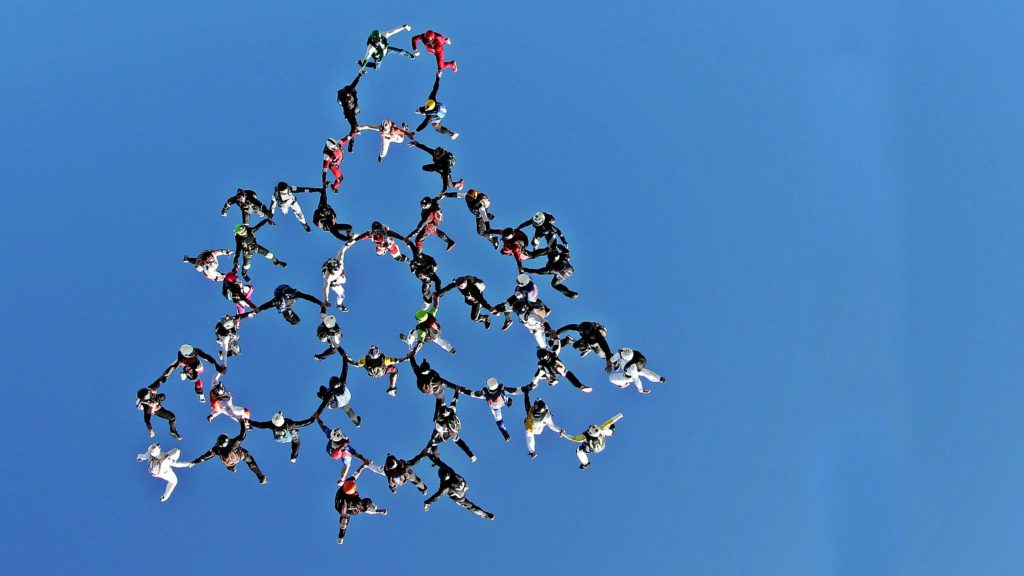 Skydiving Backgrounds 3760x2115