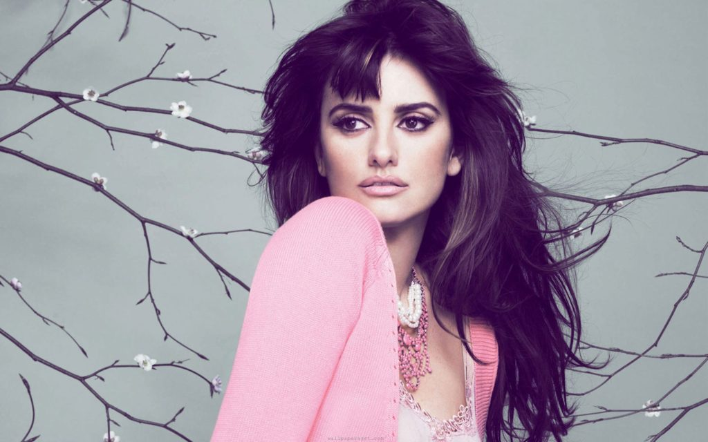 Penelope Cruz HD Widescreen Wallpaper