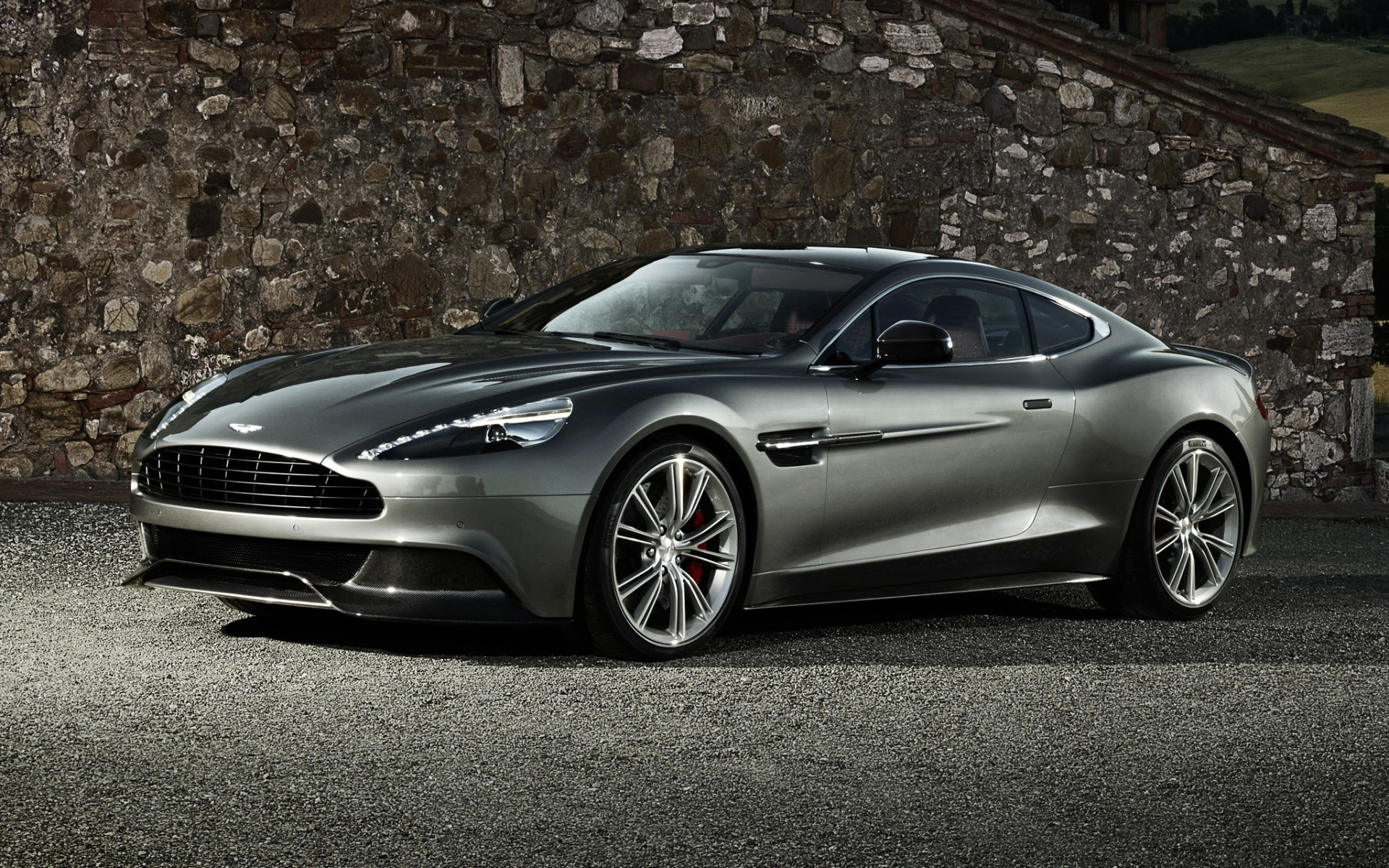 Aston Martin Vanquish Widescreen Wallpaper