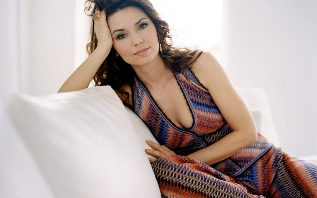 Shania Twain Widescreen Wallpaper