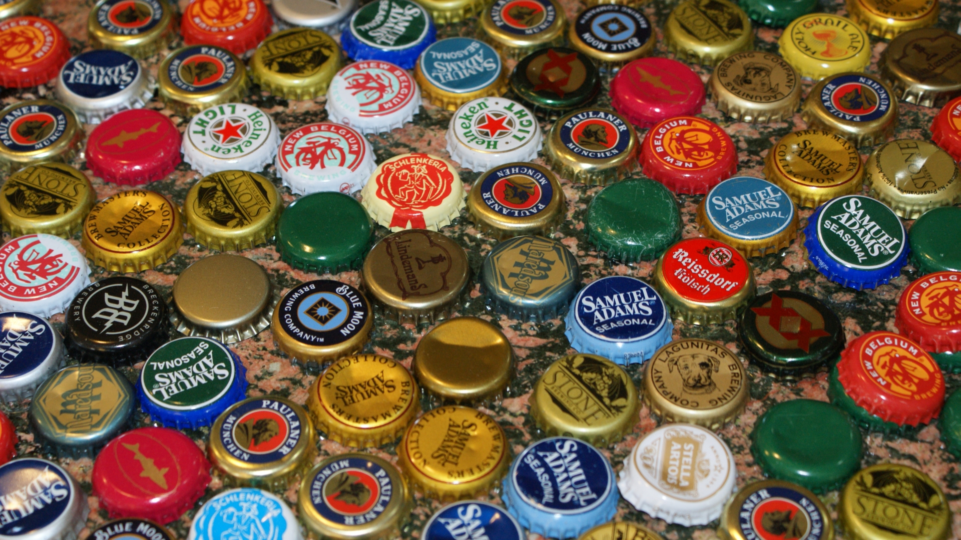 Beer bottle caps wallpapers pictures images for How to use bottle caps