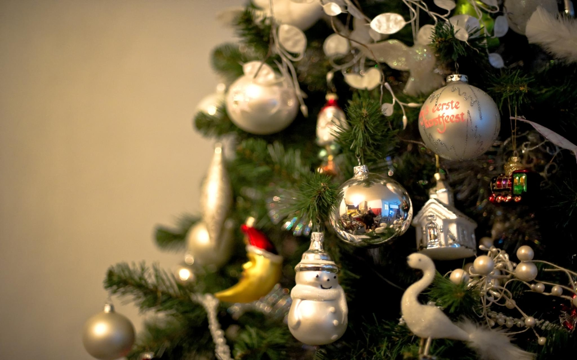 Christmas wallpapers pictures images - Christmas village wallpaper widescreen ...