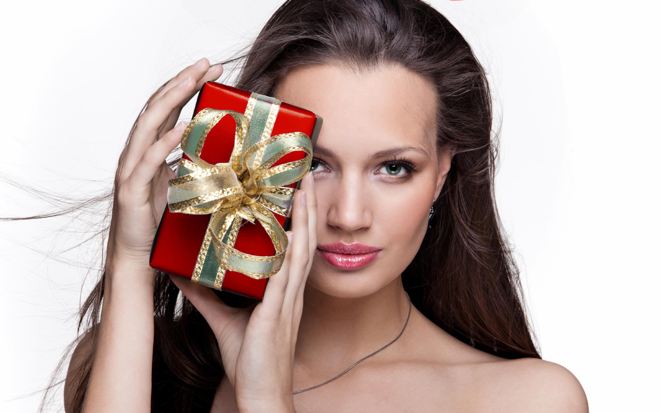 Подарок девушке: фото и изображения подарок девушке 21