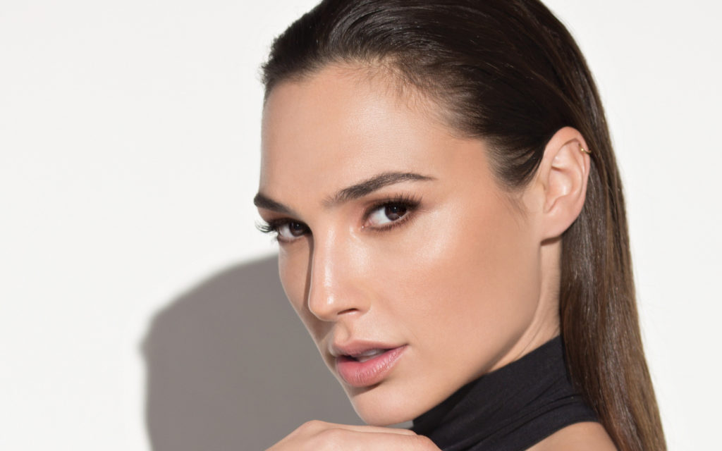 Gal Gadot Widescreen Wallpaper