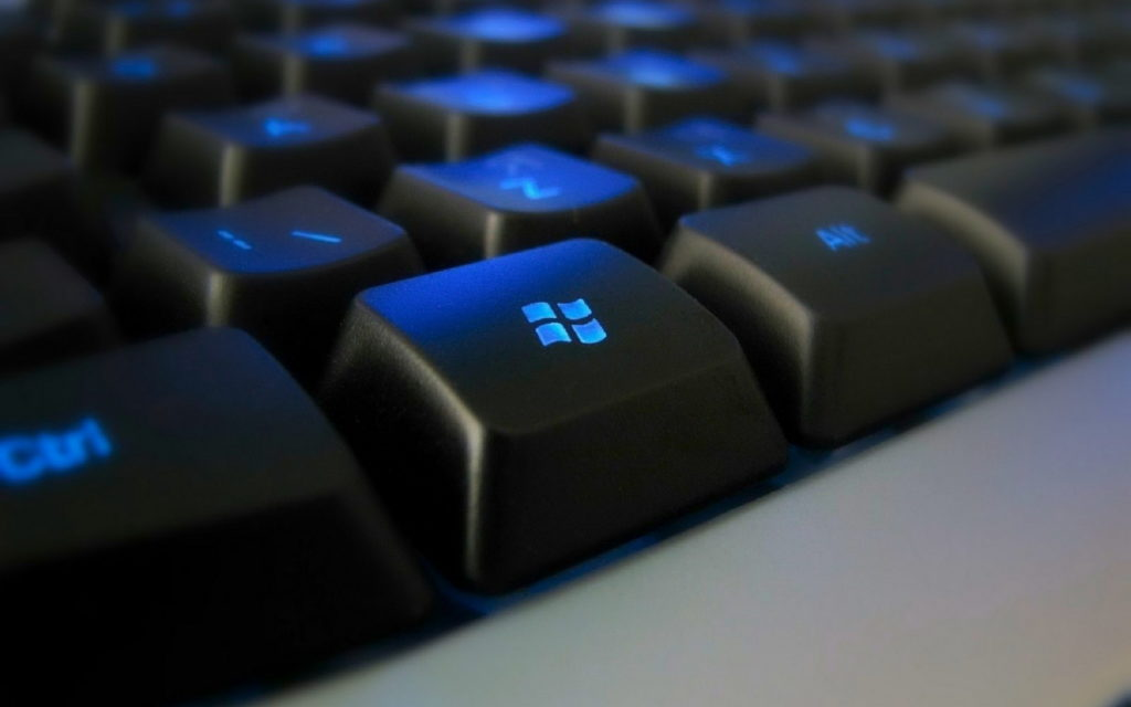 Keyboard 4K Ultra HD Wallpaper