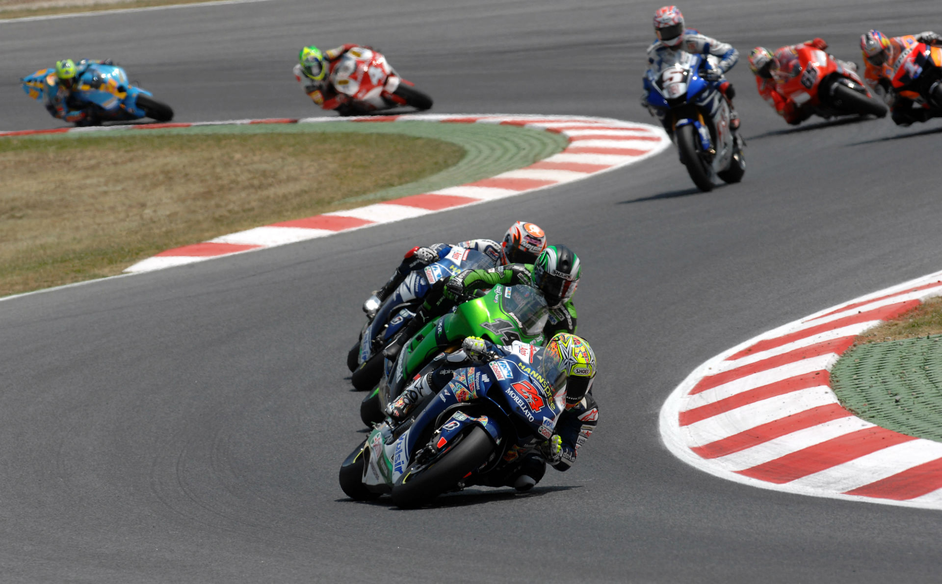 Motorcycle racing wallpapers pictures images - Superbike wallpaper ...