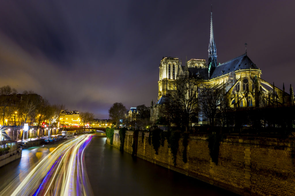 Notre Dame De Paris Wallpaper