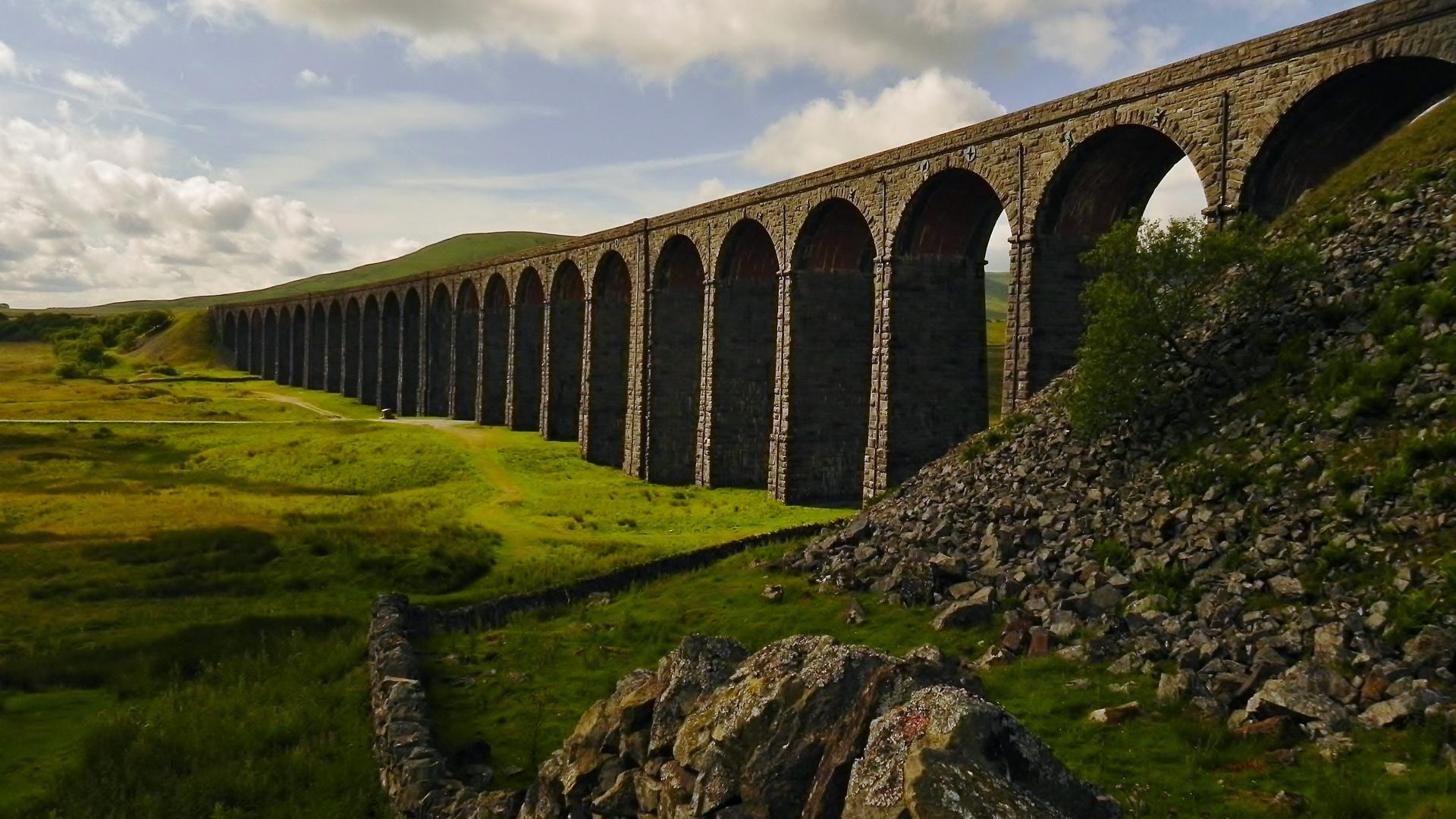 Steam Train Glenfinnan Viaduct Is A Railway Viaduct On The West
