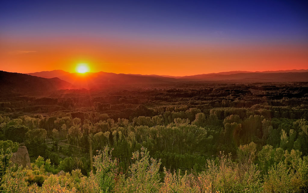 Sunrise Widescreen Background